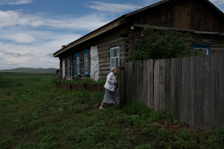 After more than 6 decades, Marje returned to the village of Son where she spent 8 years of her childhood. She was exhilarated to find her childhood home still standing.